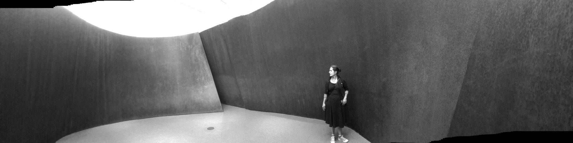 Panorama, Abi standing in Richard Serra's Sequence