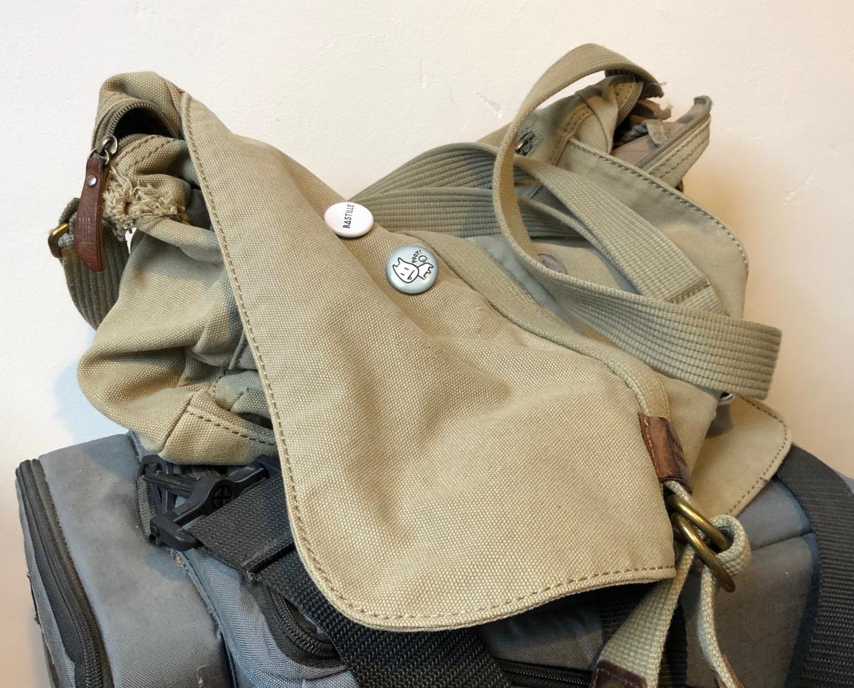 Disintegrating Troop London canvas messenger bag